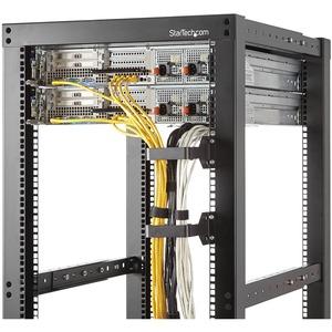 StarTech.com Anilla Pasacables en D Multi-Direccional para Gestión de Cableado en Armarios Racks - 6x10cm - 1,5U Altura -