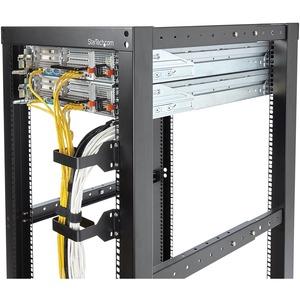 StarTech.com Multi-Directional Vertical Server Rack Cable Management D-Ring Hook 2.4x3.9in (6x10cm) - Cable Hanger - Rack