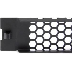 StarTech.com Panel Ciego Ventilado 1U de Instalación sin Herramientas para Rack - Acero, Plástico - Negro - 1U Rack Height